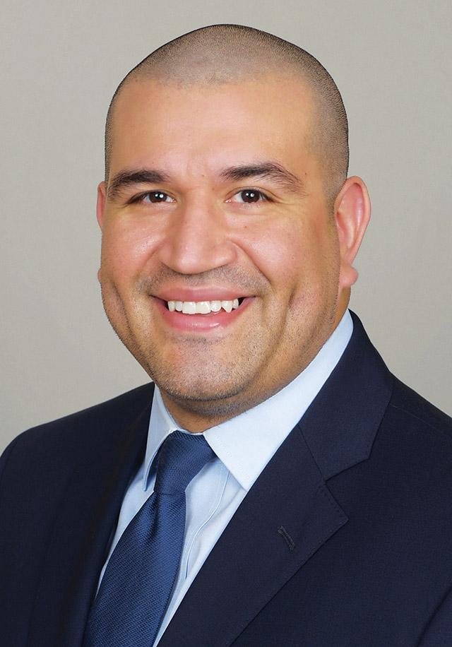 Guadalupe De La Fuente Jr., MD